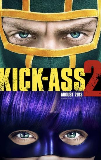 Filme: Kick-Ass 2 (2013) Direção: Jeff Wadlow Elenco: Aaron Taylor-Johnson, Chloë Grace Moretz, Christopher Mintz-Plasse