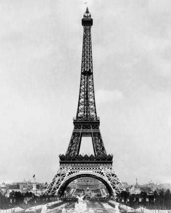 Torre Eiffel Close Monocromático.
